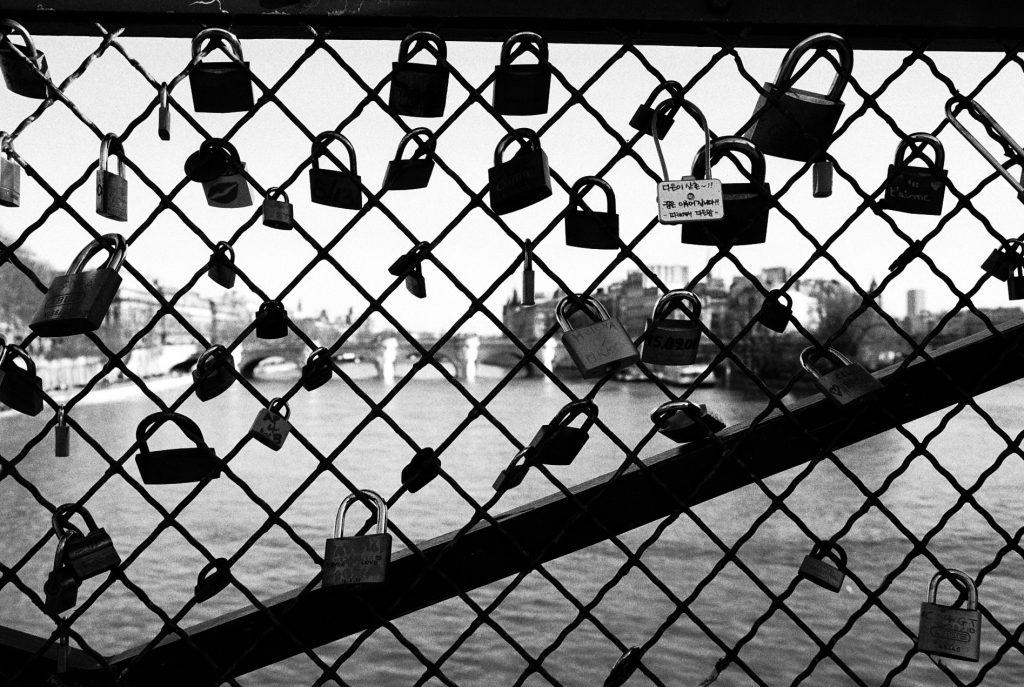 Мост искусств в Париже. © 2011 Ольга де Бенуа